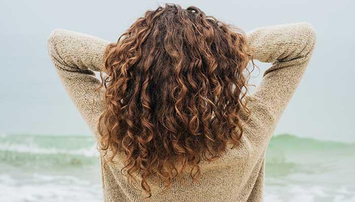 Cheveux : les soins naturels pour les chouchouter